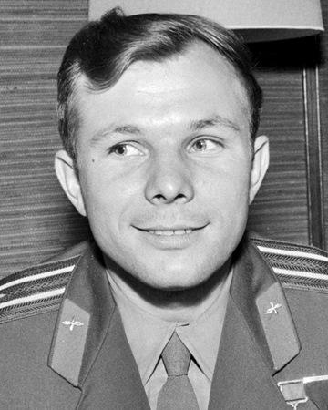 Cosmonauta soviético y el primer hombre lanzado al espacio Yuri Gagarin